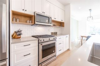 """Photo 1: 34 27735 ROUNDHOUSE Drive in Abbotsford: Aberdeen Townhouse for sale in """"Roundhouse"""" : MLS®# R2483572"""