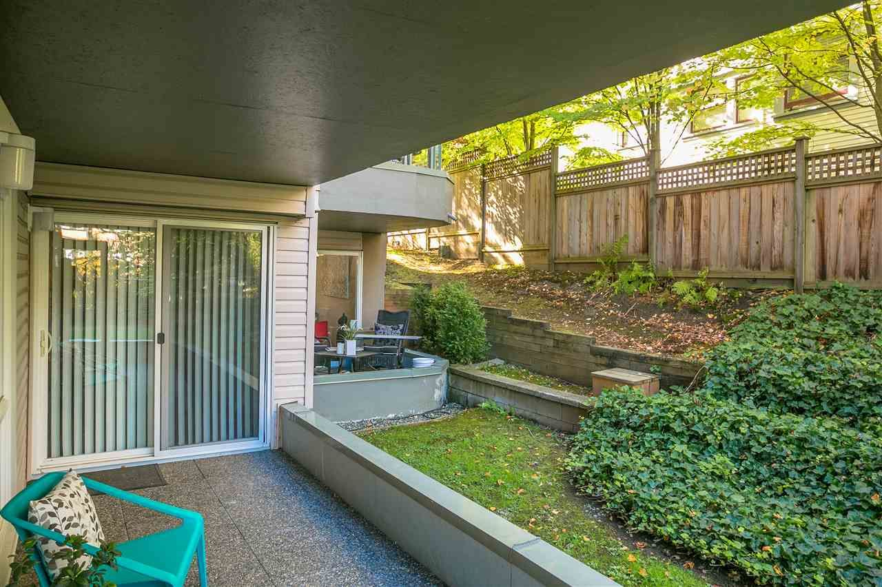 """Photo 14: Photos: 106 2428 W 1ST Avenue in Vancouver: Kitsilano Condo for sale in """"Noble House"""" (Vancouver West)  : MLS®# R2212887"""