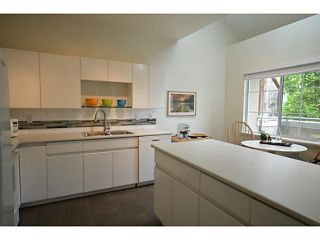 """Photo 5: 302 825 W 15TH Avenue in Vancouver: Fairview VW Condo for sale in """"THE HARROD"""" (Vancouver West)  : MLS®# V1081638"""
