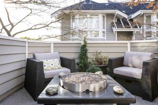 """Photo 7: 1 233 E 6TH Street in North Vancouver: Lower Lonsdale Townhouse for sale in """"ST ANDREWS HOUSE"""" : MLS®# R2023614"""