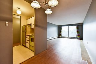 """Photo 6: 105 331 KNOX Street in New Westminster: Sapperton Condo for sale in """"WESTMOUNT ARMS"""" : MLS®# R2135968"""