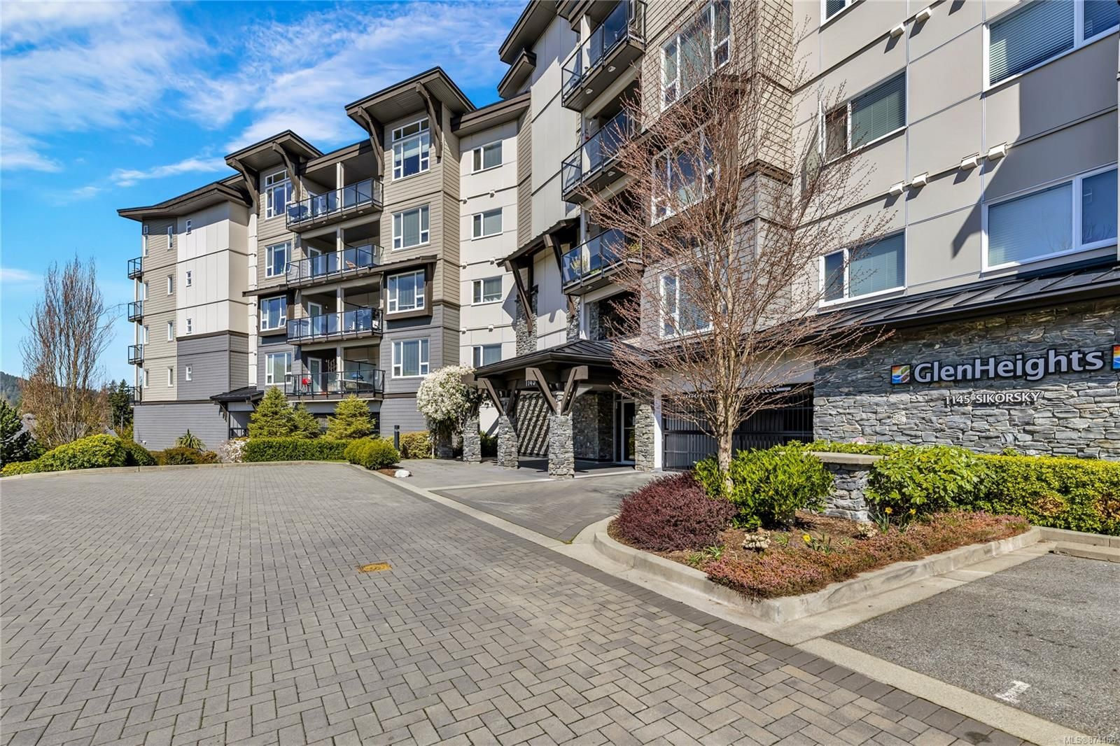 Main Photo: 315 1145 Sikorsky Rd in : La Westhills Condo for sale (Langford)  : MLS®# 874466