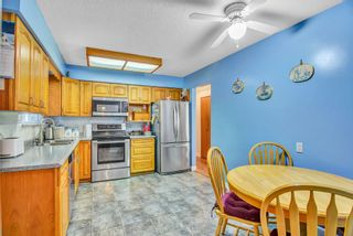 """Photo 13: 7444 BARMSTON Place in Delta: Nordel House for sale in """"Royal York"""" (N. Delta)  : MLS®# R2542398"""