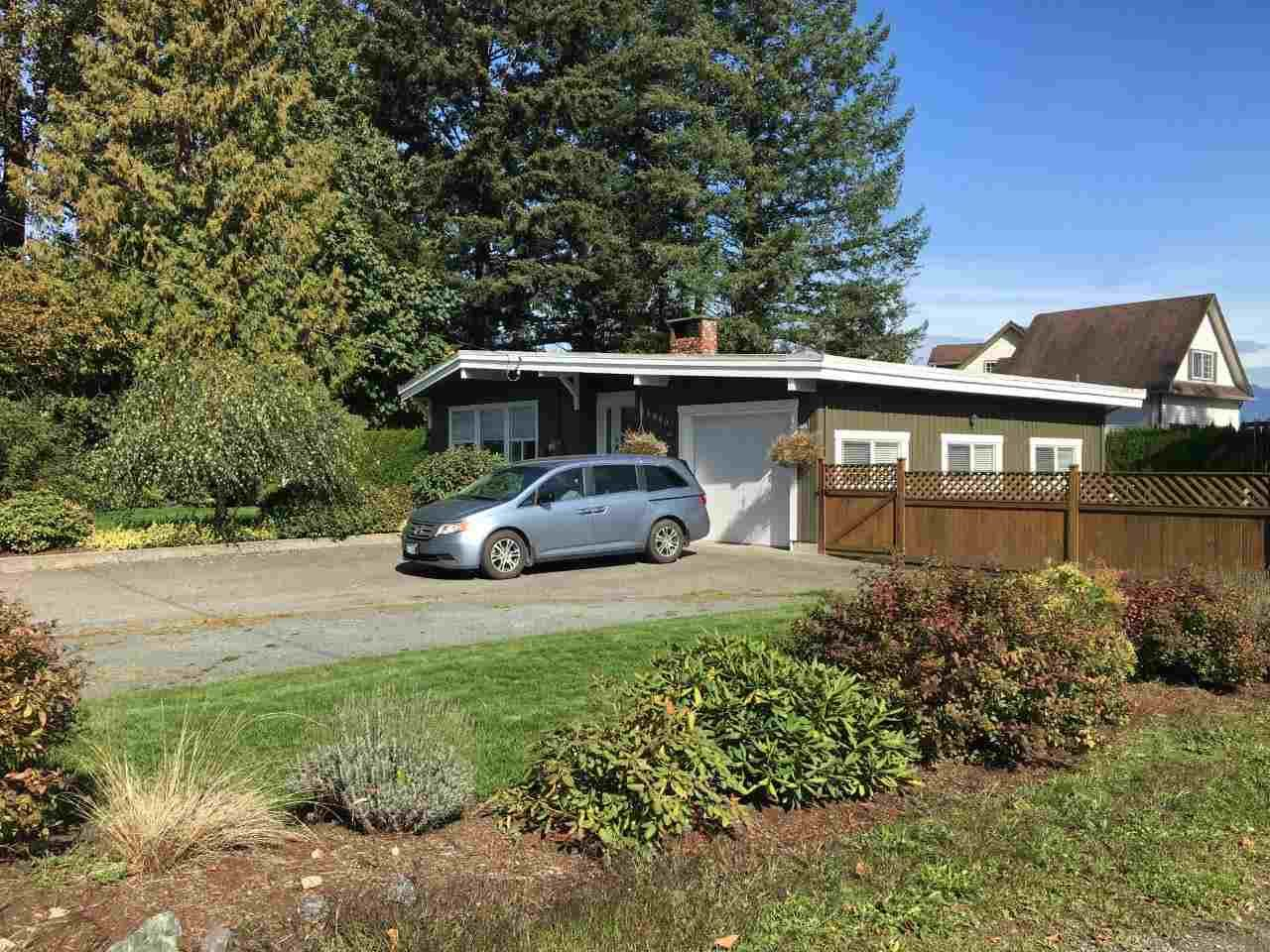 Main Photo: 11080 MCSWEEN Road in Chilliwack: Fairfield Island House for sale : MLS®# R2341344