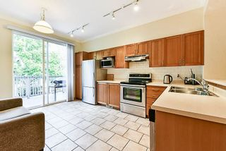 Photo 8: 54 8415 CUMBERLAND PLACE in Burnaby: The Crest Townhouse for sale (Burnaby East)  : MLS®# R2220013