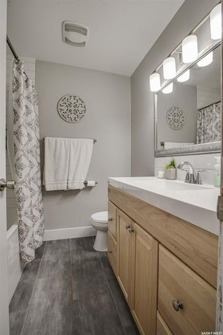 Photo 12: 135 Willoughby Crescent in Saskatoon: Wildwood Residential for sale : MLS®# SK864814
