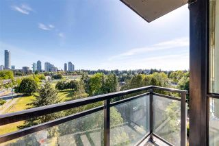 """Photo 10: 804 10777 UNIVERSITY Drive in Surrey: Whalley Condo for sale in """"Citypoint"""" (North Surrey)  : MLS®# R2582465"""