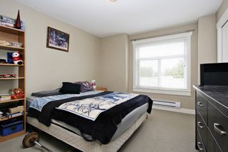 """Photo 16: 17 5623 TESKEY Way in Chilliwack: Promontory Townhouse for sale in """"Wisteria Heights"""" (Sardis)  : MLS®# R2531032"""