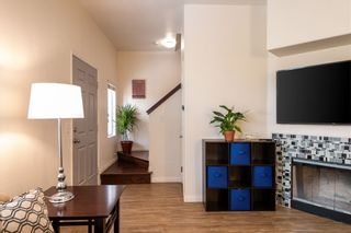 Photo 2: UNIVERSITY HEIGHTS Townhouse for sale : 3 bedrooms : 4654 Hamilton St #2 in San Diego