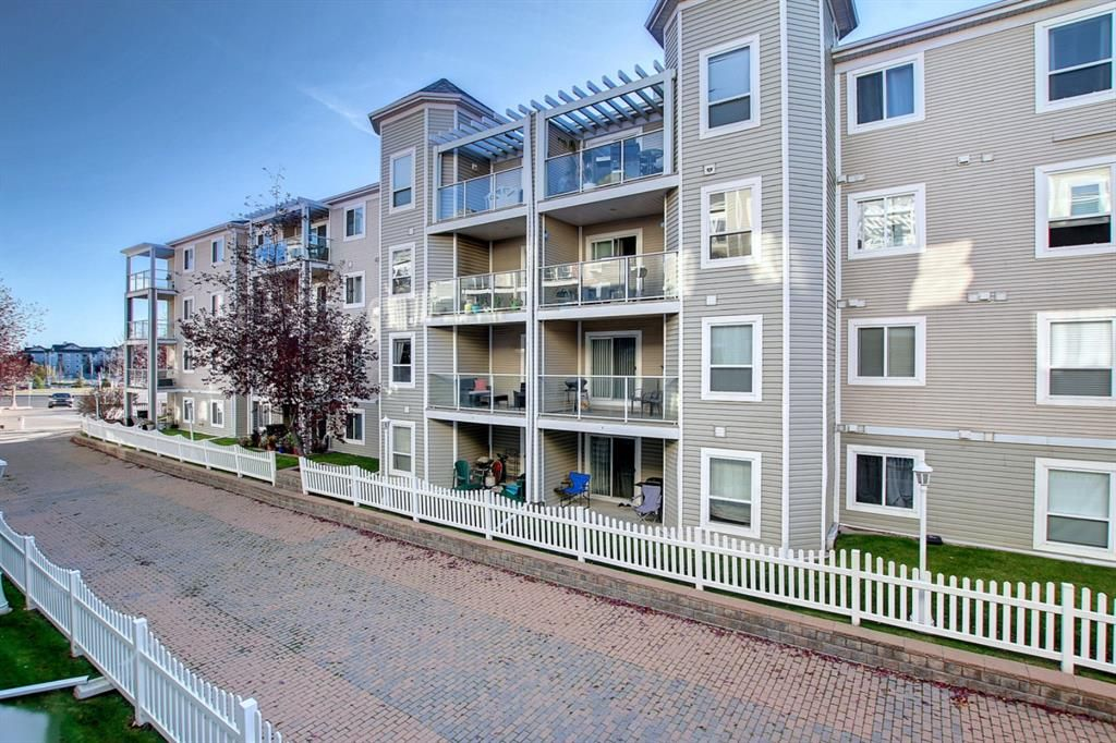 Main Photo: 206 290 Shawville Way SE in Calgary: Shawnessy Apartment for sale : MLS®# A1146672