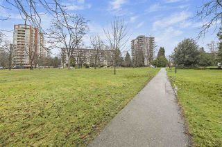 """Photo 25: 103 717 CHESTERFIELD Avenue in North Vancouver: Central Lonsdale Condo for sale in """"Queen Mary"""" : MLS®# R2536671"""
