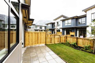 "Photo 4: 1222 SHANNON Lane in Squamish: Downtown SQ Townhouse for sale in ""The Falls at Eaglewind"" : MLS®# R2107690"