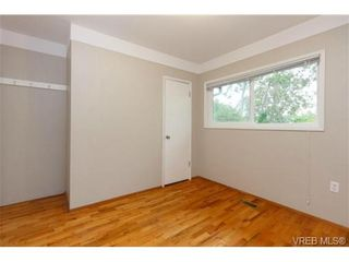 Photo 9: 1083 Joan Cres in VICTORIA: Vi Rockland House for sale (Victoria)  : MLS®# 710463