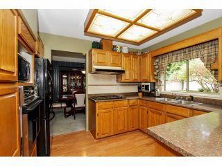 Photo 5: 16463 78TH Avenue in Surrey: Fleetwood Tynehead House for sale : MLS®# F1424065