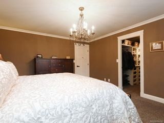 Photo 11: 1279 Geric Pl in : SW Strawberry Vale House for sale (Saanich West)  : MLS®# 850780