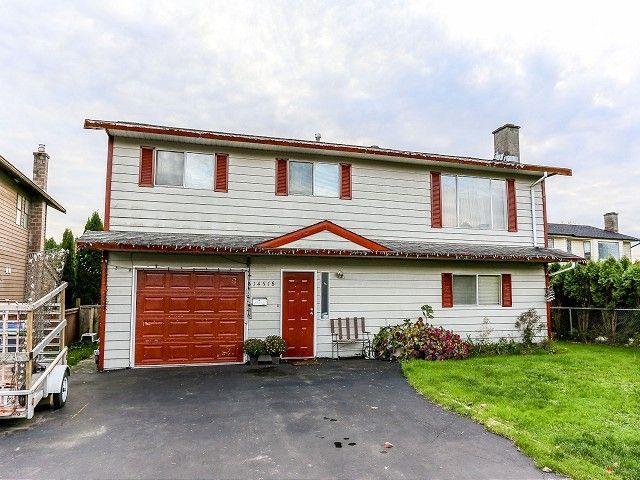 Main Photo: 14518 89TH Avenue in Surrey: Bear Creek Green Timbers House for sale : MLS®# F1325635