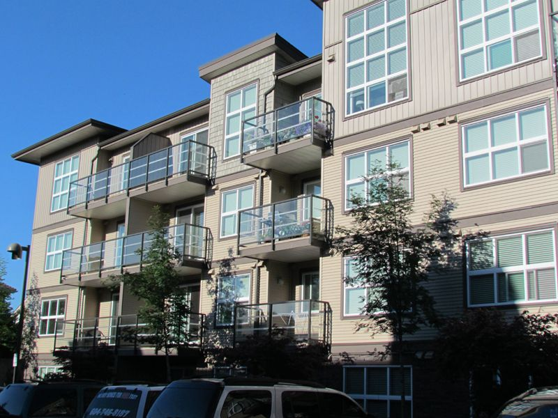 Main Photo: #211 30525 Cardinal Ave. in Abbotsford: Abbotsford West Condo for rent