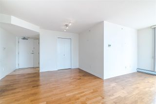 Photo 5: 1206 1201 Marinaside Crescent in Vancouver: Yaletown Condo for sale (Vancouver West)  : MLS®# R2384239