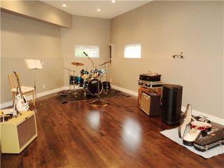 "Photo 8: 2 CHEVALIER Court in Port Moody: Barber Street House for sale in ""BARBER STREET"" : MLS®# V985321"