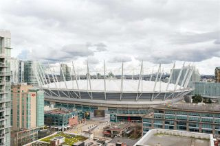 """Photo 4: 1906 888 HAMILTON Street in Vancouver: Downtown VW Condo for sale in """"ROSEDALE GARDEN"""" (Vancouver West)  : MLS®# R2542026"""