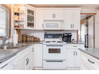 Photo 11: 31519 LOMBARD Avenue in Abbotsford: Poplar Manufactured Home for sale : MLS®# R2572916