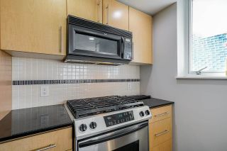 """Photo 18: 2306 550 PACIFIC Street in Vancouver: Yaletown Condo for sale in """"AQUA AT THE PARK"""" (Vancouver West)  : MLS®# R2580725"""