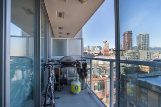 """Photo 12: 1106 550 TAYLOR Street in Vancouver: Downtown VW Condo for sale in """"THE TAYLOR"""" (Vancouver West)  : MLS®# R2335310"""
