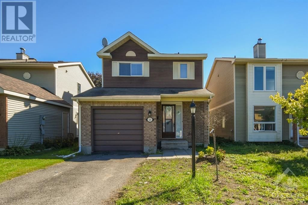 Main Photo: 23 SOVEREIGN AVENUE in Ottawa: House for sale : MLS®# 1261869