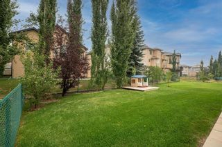 Photo 3: 139 Royal Terrace NW in Calgary: Royal Oak Detached for sale : MLS®# A1139605