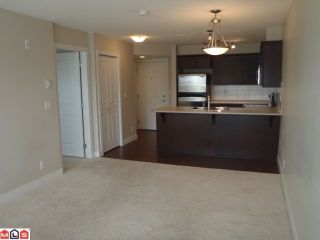 """Photo 2: 209 46150 BOLE Avenue in Chilliwack: Chilliwack N Yale-Well Condo for sale in """"NEWMARK"""" : MLS®# R2208810"""