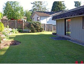 """Photo 10: 6618 SUNSHINE Drive in Delta: Sunshine Hills Woods House for sale in """"SUNSHINE HILLS"""" (N. Delta)  : MLS®# F2911319"""