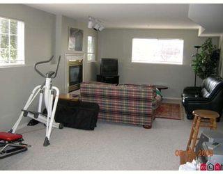 "Photo 8: 8054 153A Street in Surrey: Fleetwood Tynehead House for sale in ""FAIRWAY PARK"" : MLS®# F1002400"