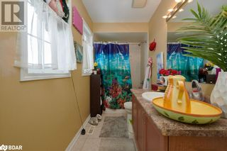 Photo 16: 23 ORLEANS Avenue in Barrie: House for sale : MLS®# 40079706