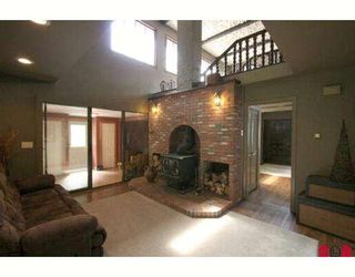 """Photo 3: 6921 MARBLE HILL Road in Chilliwack: Eastern Hillsides House for sale in """"S"""" : MLS®# H2902233"""