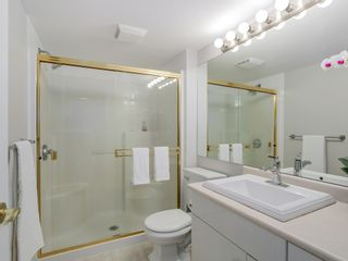 Photo 13: 308 988 West 54th Avenue in Hawthorne House: South Cambie Home for sale ()  : MLS®# R2040205