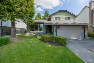 """Photo 1: 27153 33A Avenue in Langley: Aldergrove Langley House for sale in """"Parkside"""" : MLS®# R2591758"""