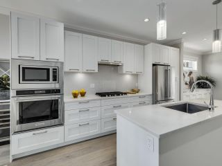 """Photo 10: 46 2888 156 Street in Surrey: Grandview Surrey Townhouse for sale in """"HYDE PARK"""" (South Surrey White Rock)  : MLS®# R2575934"""