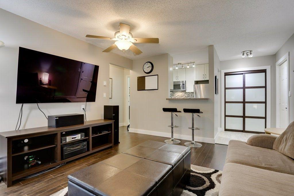 """Main Photo: 248 5421 10 Avenue in Delta: Tsawwassen Central Condo for sale in """"SUNDIAL VILLA"""" (Tsawwassen)  : MLS®# R2528350"""