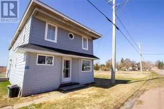 Photo 2: 54 Route 955 in Cape Tormentine: House for sale : MLS®# M134223