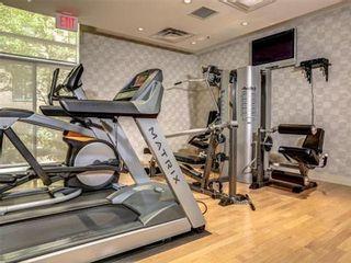 Photo 11: 1101 60 W St Clair Avenue in Toronto: Yonge-St. Clair Condo for lease (Toronto C02)  : MLS®# C3225791