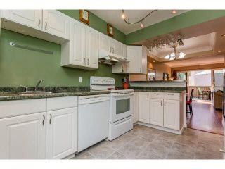 """Photo 4: 49 13809 102 Avenue in Surrey: Whalley Townhouse for sale in """"The Meadows"""" (North Surrey)  : MLS®# F1447952"""