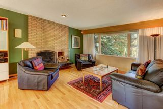 Photo 5: 3208 UPLANDS Place NW in Calgary: University Heights Detached for sale : MLS®# A1024214