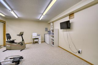 Photo 45: 20A Woodmeadow Close SW in Calgary: Woodlands Row/Townhouse for sale : MLS®# A1127050