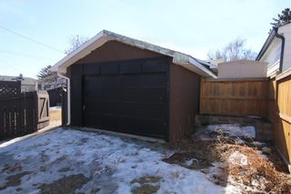 Photo 33: 816 Thorneycroft Drive NW in Calgary: Thorncliffe Detached for sale : MLS®# A1080703