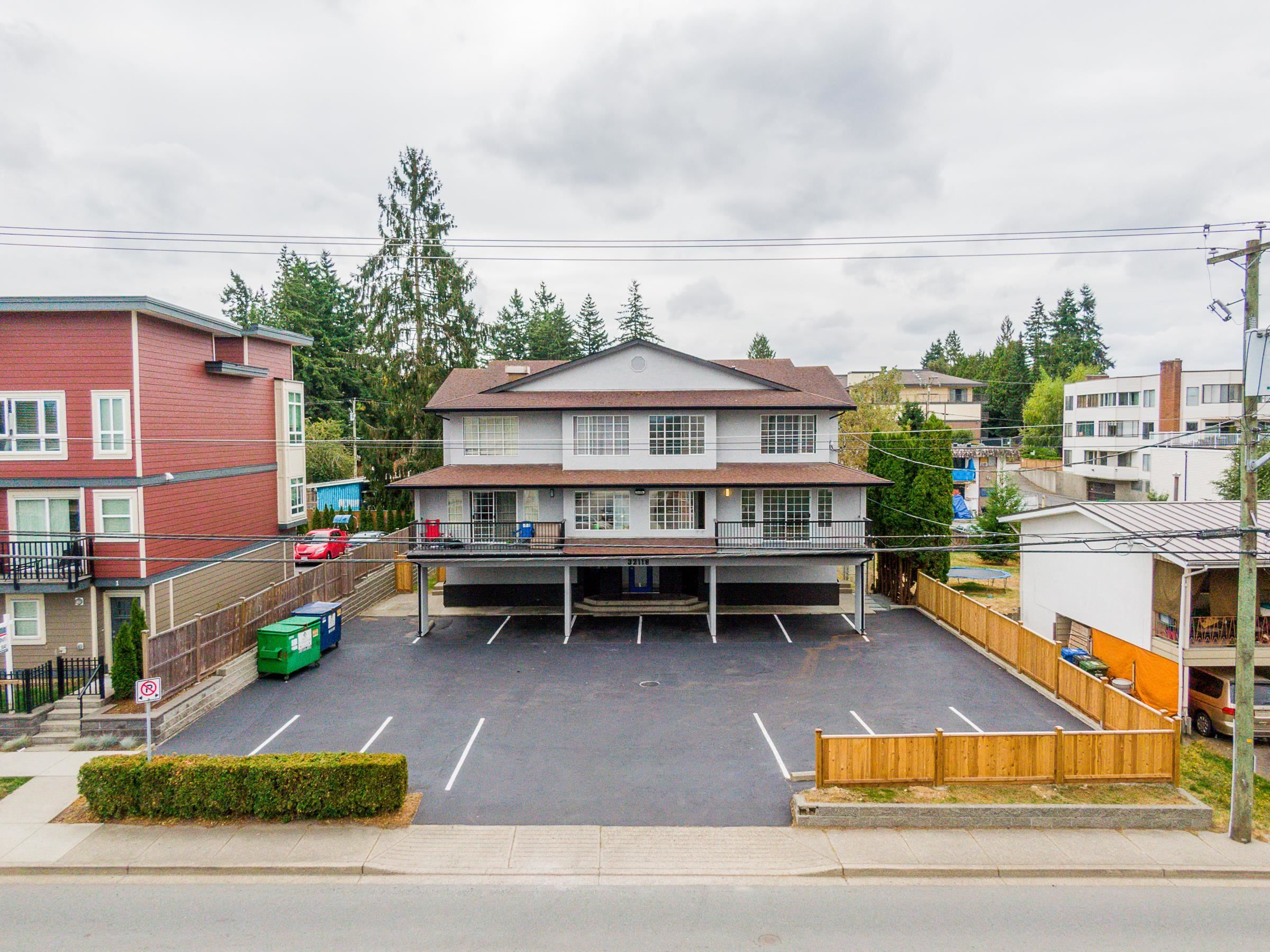 Main Photo: 101 32118 GEORGE FERGUSON Way in Abbotsford: Abbotsford West Multi-Family Commercial for sale : MLS®# C8040208