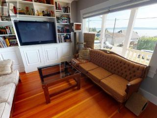 Photo 3: 5398 LABURNUM AVE in Powell River: House for sale : MLS®# 16125
