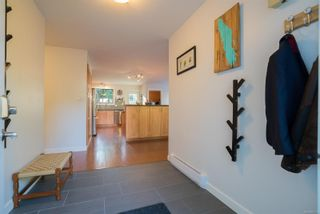 Photo 2: 2499 Divot Dr in Nanaimo: Na Departure Bay House for sale : MLS®# 861135