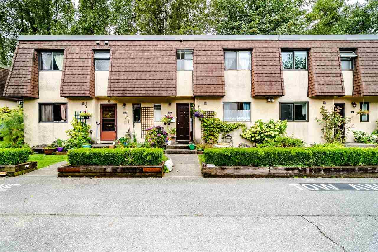 """Main Photo: 855 OLD LILLOOET Road in North Vancouver: Lynnmour Townhouse for sale in """"Lynnmour Village"""" : MLS®# R2482428"""