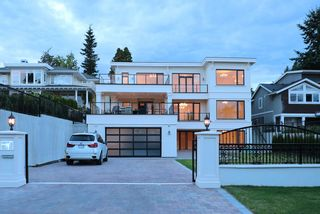 Photo 38: 14020 MARINE Drive: White Rock House for sale (South Surrey White Rock)  : MLS®# R2478365