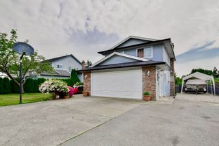Photo 3: 14776 87A Avenue in Surrey: Bear Creek Green Timbers House for sale : MLS®# R2062304